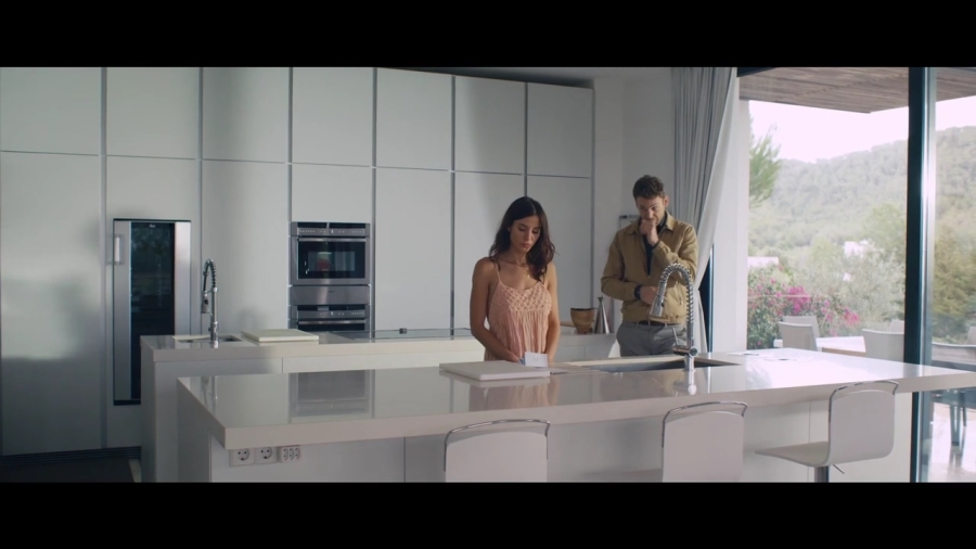 Kacey Barnfield and Ben Lamb in a Spanish kitchen